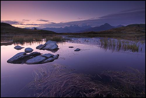 Aube sur le Lac Guichard - Alpes ©Sébastien Brière